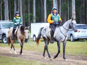 Fordsdale in A Taste of Endurance, Fordsdale, at Taste of Endurance – Sue riding Garnet followed by Bandit
